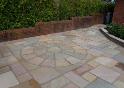 patio paving with circle