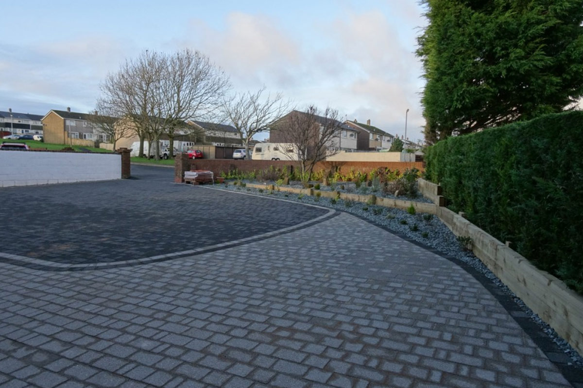 egremont completed paving in two tones